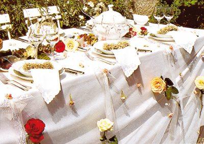 Impression Hochzeitstisch Rosen © www.wingart.de